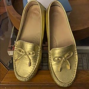 C Wonder 100% leather loafers size 8
